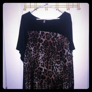 Penningtons black leopard print blouse